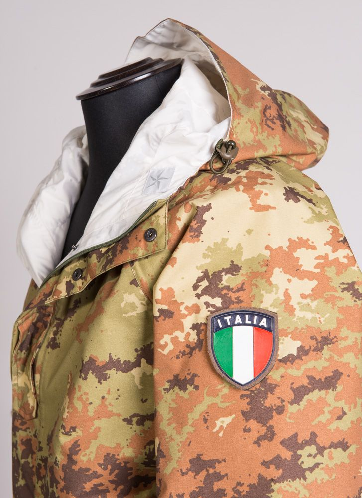 completo-per-terreni-innevati-double-face-in-gore-tex-reg-2-strati