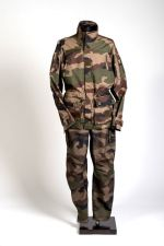 completo-mimetico-flame-retardant-in-gore-pyrad-reg-camouflage-francese